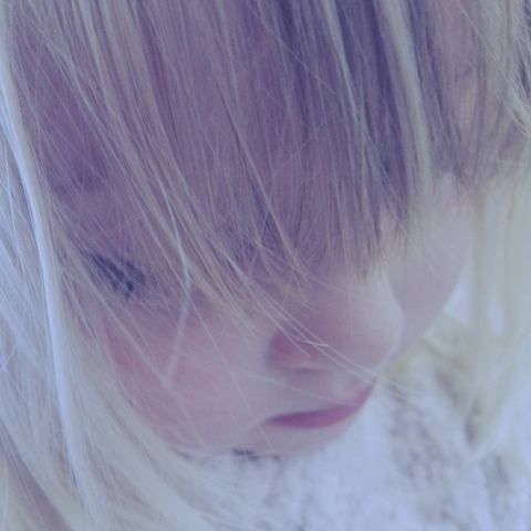 kid-blond-girl