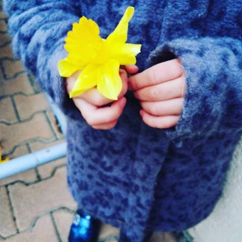 yellow-flower-kid