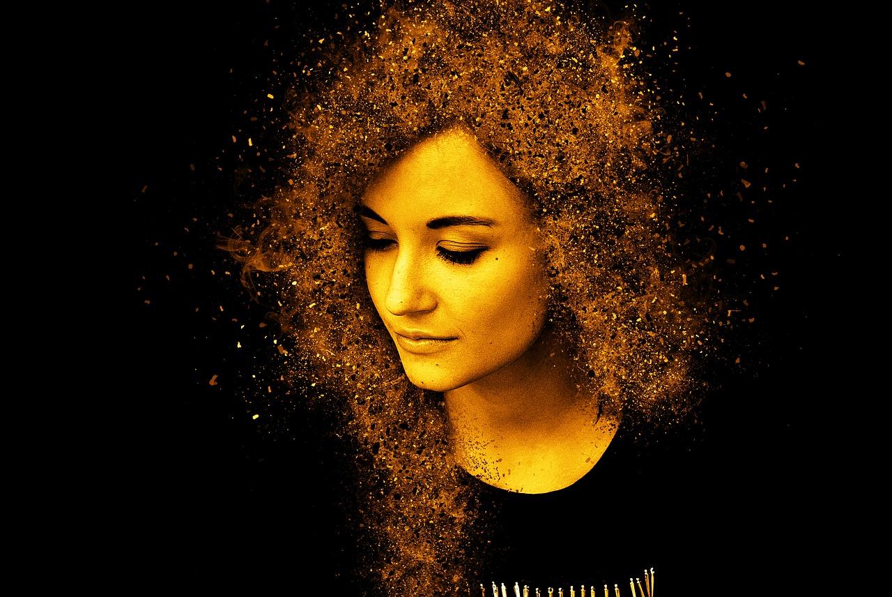woman-gold-hair