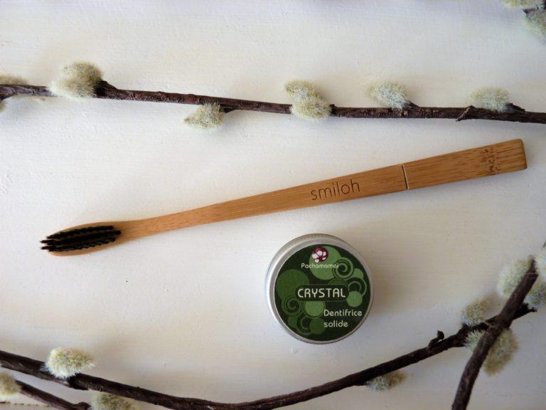 salle-de-bain-slow-ecolo-zero-dechet-brosse-a-dents-bambou-dentifrice-solide