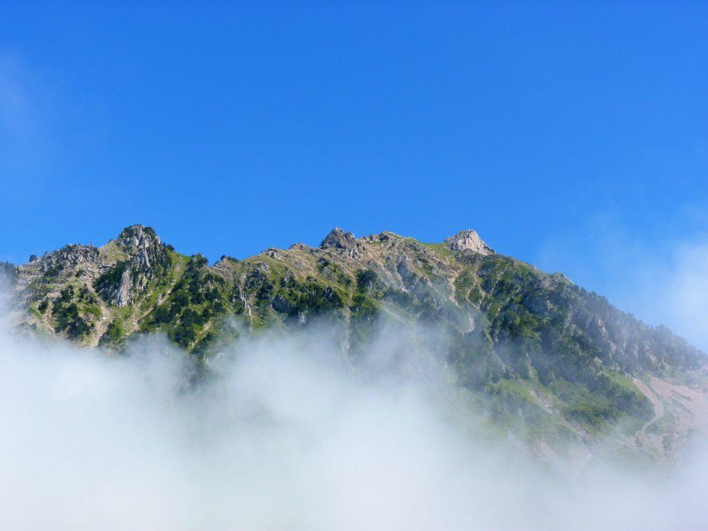 pic-du-midi-de-bigorre-clouds-sky-view-panormama-ciel-nuages-montagnes-mountains