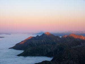 pic-du-midi-de-bigorre-clouds-sky-view-panormama-ciel-nuages-sunset-montagnes-mountains