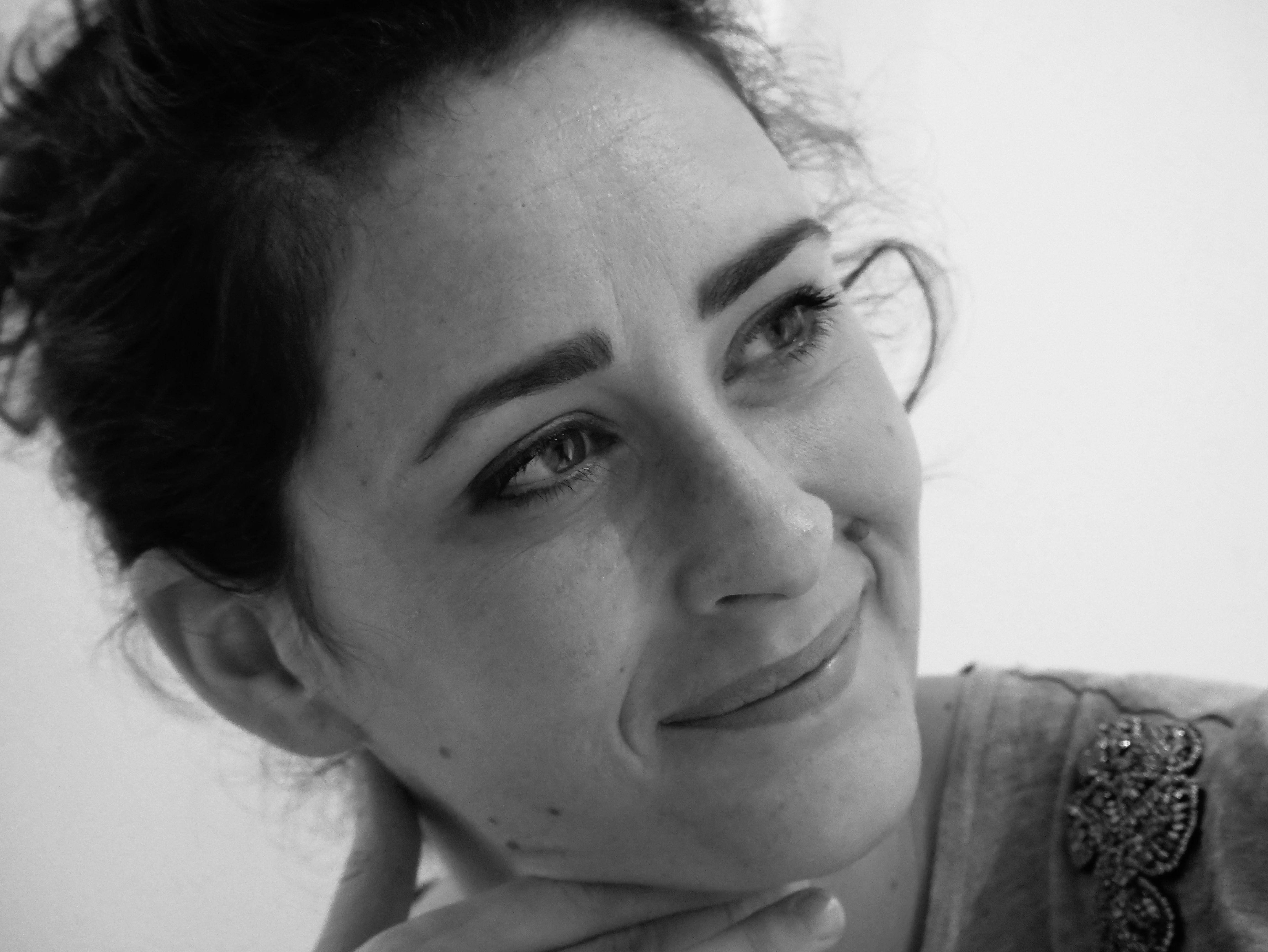 comment-saimer-autoportrait-noir-et-blanc